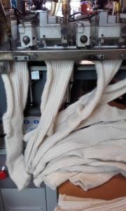 Machine linking knee length woollen socks